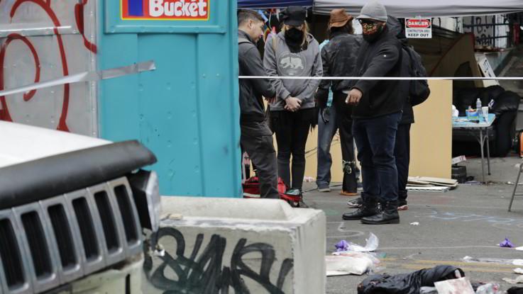 Usa, nuova sparatoria a Seattle: morto 16enne, grave un 14enne