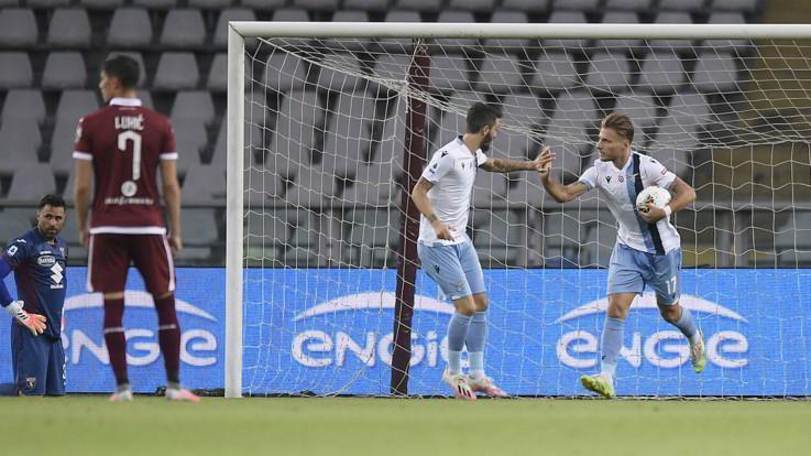 Per la Lazio altra rimonta. Vince sul Toro con Immobile e Parolo