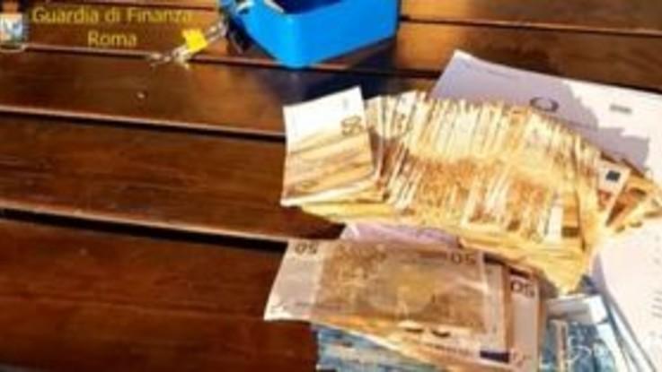 Roma, sgominata gang di spacciatori: 6 arresti
