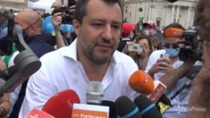 "Centrodestra a Roma, Salvini: ""Governo aggrappato alla poltrona"""