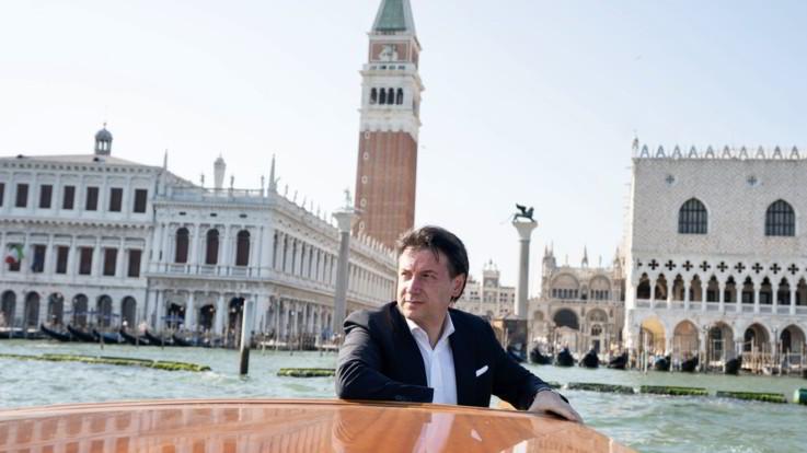 Autostrade, Alitalia e anche Ilva: per Conte si profila l'estate della svolta