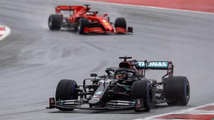 Gp Stiria: Hamilton in pole position, Vettel solo decimo