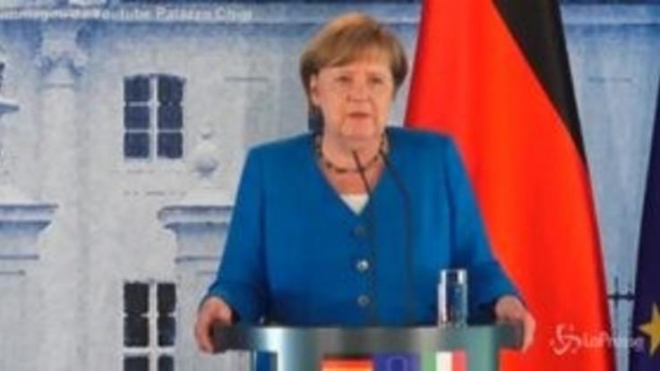 "Coronavirus, Merkel: ""Italiani hanno reagito con straordinaria disciplina"""