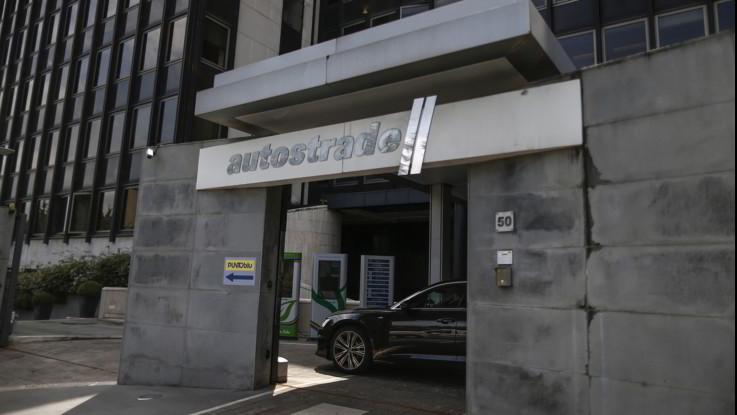 Atlantia brilla in Borsa post intesa su Aspi: ipotesi Cdp al 33% poi quotazione in Borsa