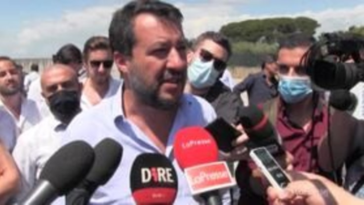 """Mes, Salvini: """"Mette a rischio il futuro degli italiani"""""""
