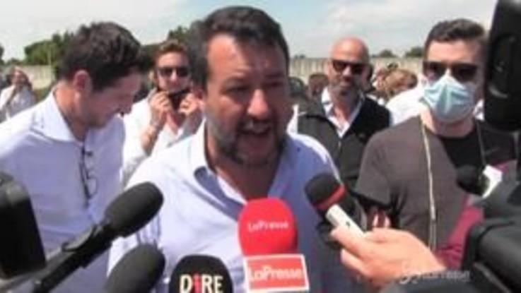 """Salvini su Azzolina: """"L'attacco perchè donna? No, perchè è incapace"""""""