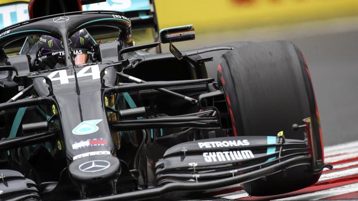 F1, in Ungheria la pole position è di Lewis Hamilton