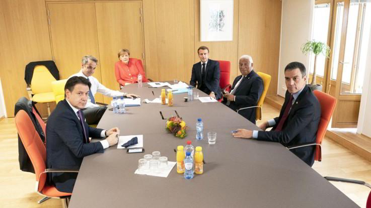 Consiglio Ue, verso accordo per Recovery Fund da 750 miliardi di euro