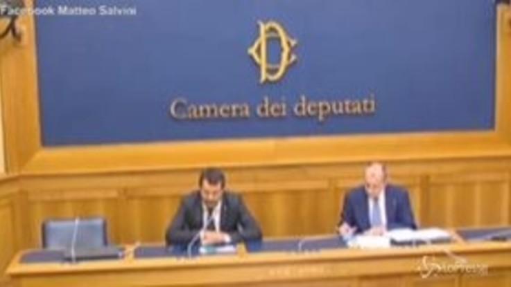 """Accordo Ue, Salvini: """"Si intravede una fregatura"""""""