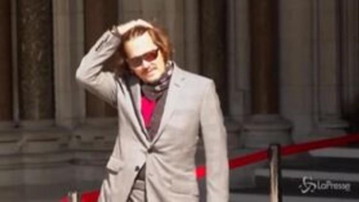 Processo contro il tabloid The Sun, Johnny Depp arriva in tribunale a Londra
