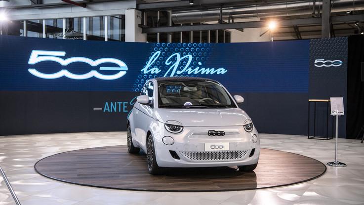 Fca, ecco 'AntePrima': il tour che svela la Fiat 500 elettrica