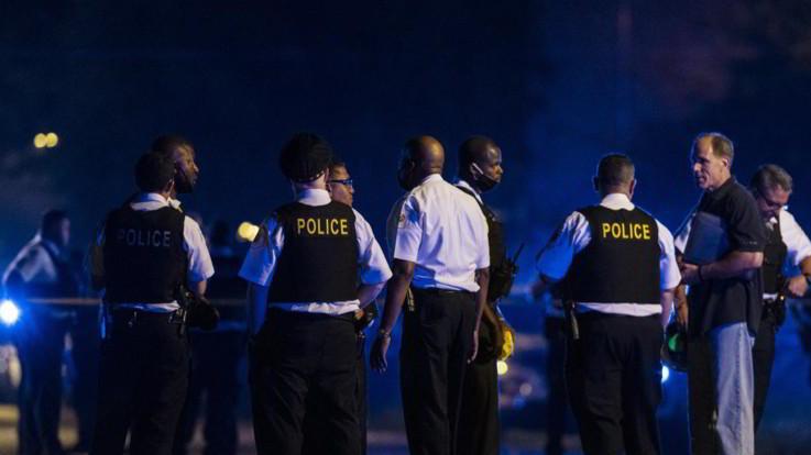 Usa, sparatoria in pompe funebri a Chicago: 14 feriti