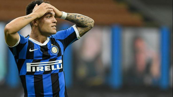 Serie A, Inter spuntata: 0-0 con la Fiorentina, la Juve vede lo scudetto