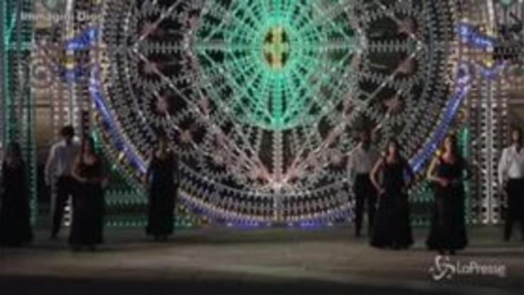 Moda: sfilata Dior davanti al Duomo, spettacolo a Lecce