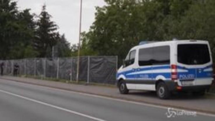 Scomparsa Maddie, continuano le ricerche della polizia in un giardino ad Hannover