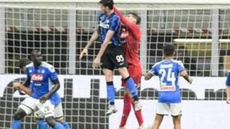 Serie A, l'Inter batte il Napoli 2-0