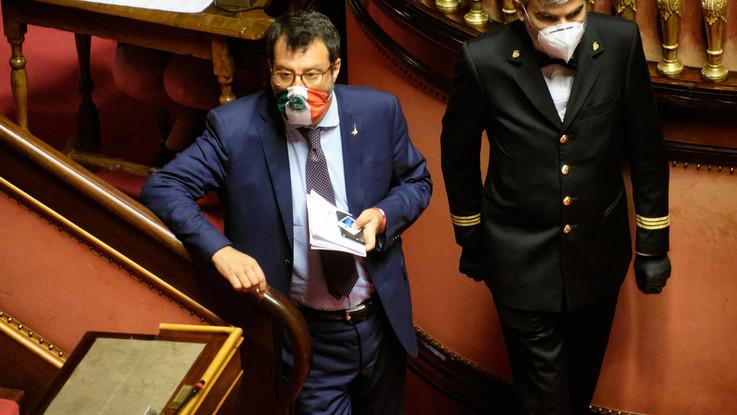 Open Arms, il voto in Senato. Salvini: Ho agito con Conte, ne risponderà anche lui