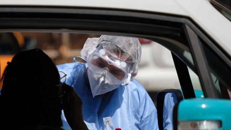I dati di sabato 1 agosto, scendono i contagi