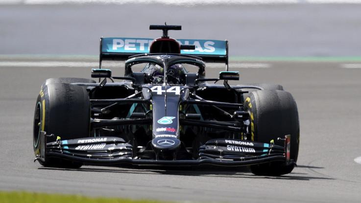 F1, Gp Gran Bretagna: trionfa ancora Hamilton, super Leclerc terzo