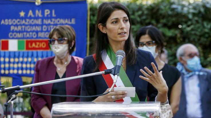 Roma, Raggi blocca mozione su museo fascismo: Città è antifascista