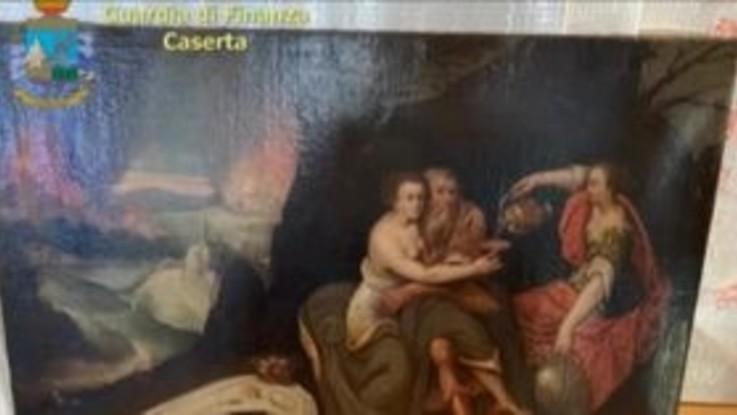 Caserta, sequestrate opere d'arte per 450mila euro: quadri di Warhol e Dalì