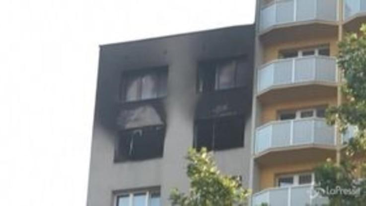 Repubblica Ceca: incendio in un palazzo, 11 morti