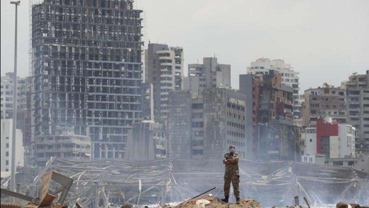 Libano, cascano prime teste. Donatori promettono aiuti: Ma Beirut attui riforme