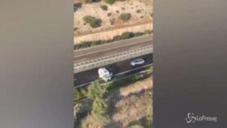 Foggia, assalto a portavalori su A14: autostrada bloccata