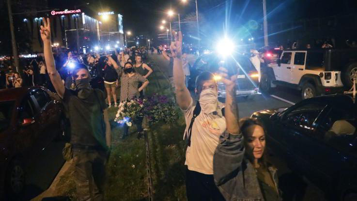 Bielorussia, media: Sciopero a tempo indeterminato per nuove elezioni eque