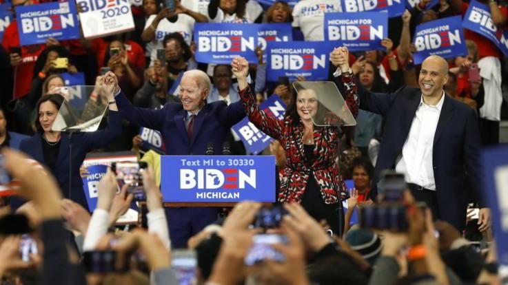 Debutto di Biden e Harris. La senatrice va all'attacco di Trump