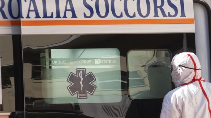 Roma, parte colpo accidentalmente: nonno ferisce alla testa nipote di 7 anni