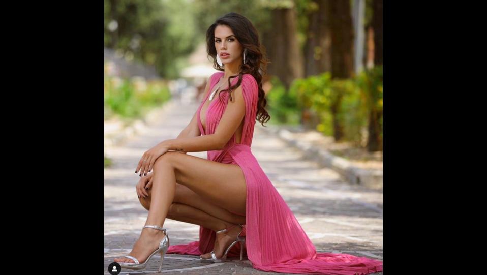 a modella e influencer Antonella Fiordelisi (fonte Instagram) ©