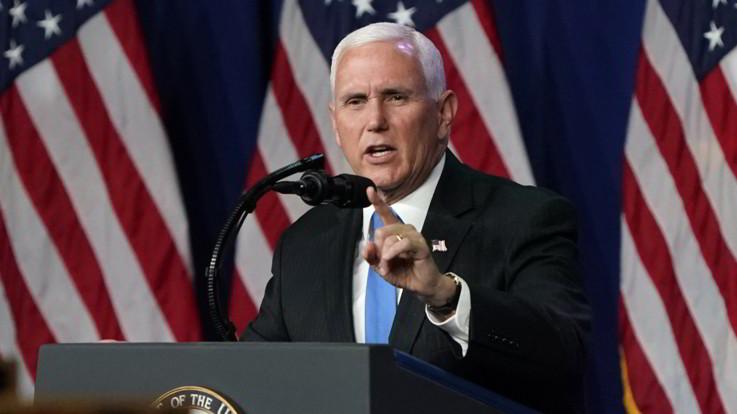 """Usa2020, è la notte di Mike Pence: """"Biden cavallo di troia della sinistra radicale"""""""