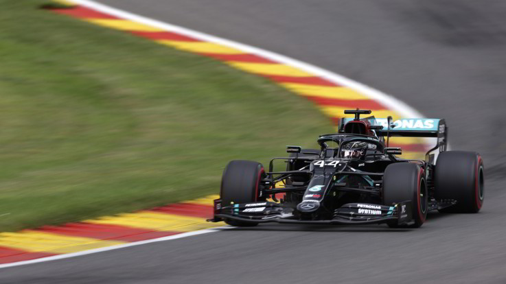 GP Belgio: Lewis Hamilton in pole position, disastro Ferrari