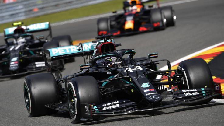 Gp Belgio, trionfo Hamilton su Bottas e Verstappen. Ferrari fuori dalla zona punti