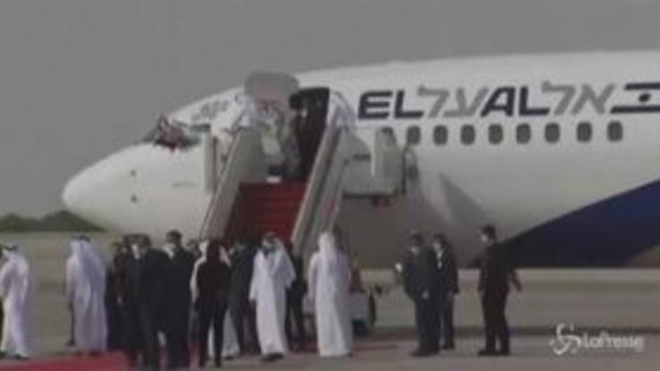 Abu Dhabi, atterrato il primo volo diretto Israele-Emirati