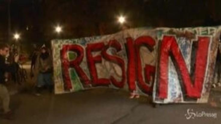 Portland, dimostranti chiedono dimissioni del sindaco