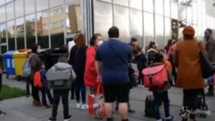 Belgio, i bambini tornano a scuola tra misure di sicurezza