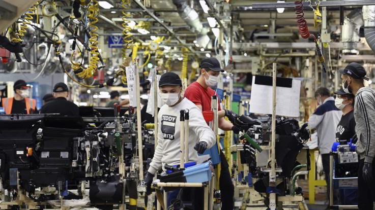 Istat, l'occupazione torna a salire dopo quattro mesi di calo