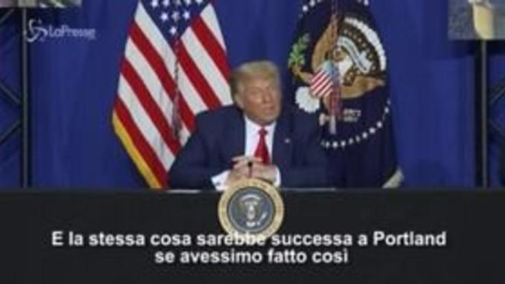"""Trump a Kenosha, """"Non sono manifestazioni pacifiche, ma terrorismo"""""""