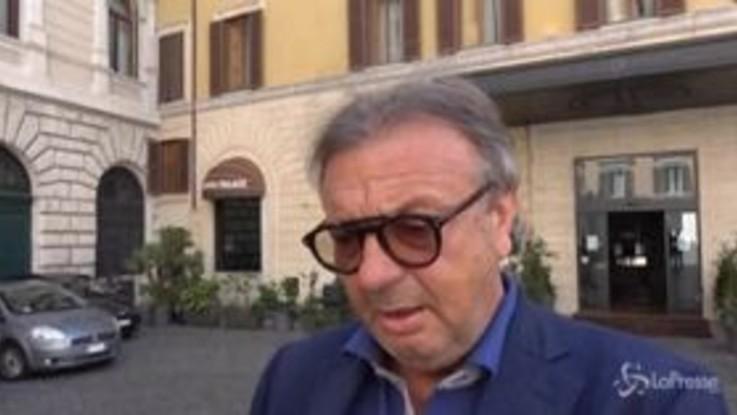 """Lampedusa, Totò Martello a Roma per incontrare Conte: """"Problema condizioni sanitarie hotspot"""""""