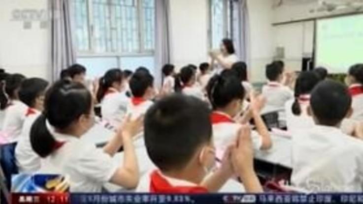 Coronavirus: riaprono le scuole a Wuhan, studenti in classe dopo 8 mesi