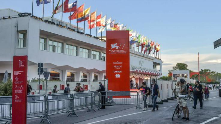 Venezia77, la Mostra del Cinema al via nell'anno del Covid
