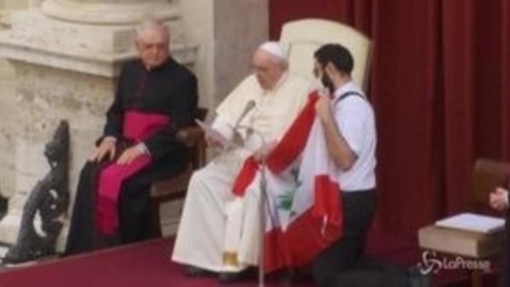 Libano, Papa: Non abbandonare il Paese. Venerdì giornata preghiera e digiuno