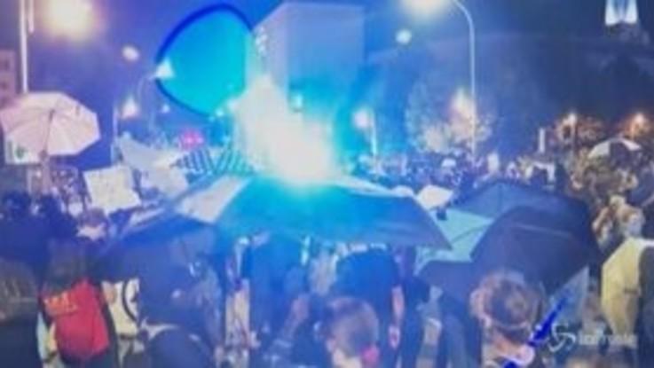 Usa, Rochester: polizia usa lacrimogeni contro manifestanti