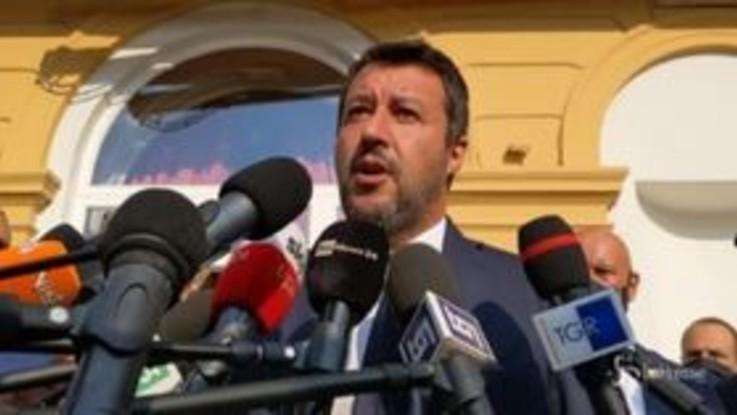 """Salvini: """"Non vedo l'ora di incontrare Berlusconi in presenza. Mi piace vita in presenza, anche lo sport"""""""