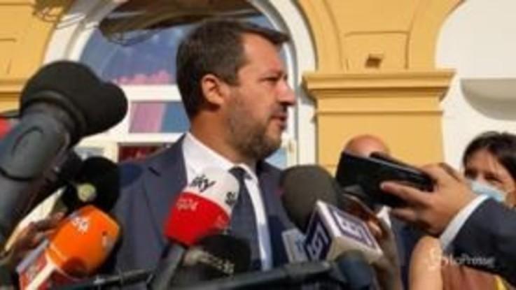 """Infrastrutture, Salvini: """"Modello Genova in tutta Italia. Ponte sullo stretto? Convinto di farlo"""""""