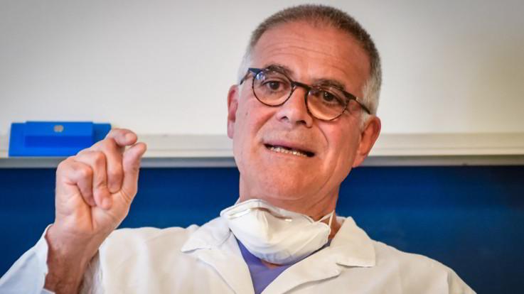 """Berlusconi, Zangrillo: """"Quadro clinico complessivo in miglioramento"""""""