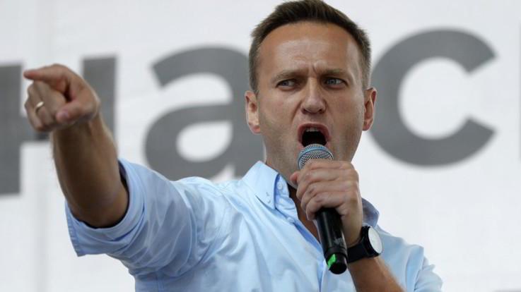 Navalny, ospedale: Uscito da coma indotto ed è reattivo