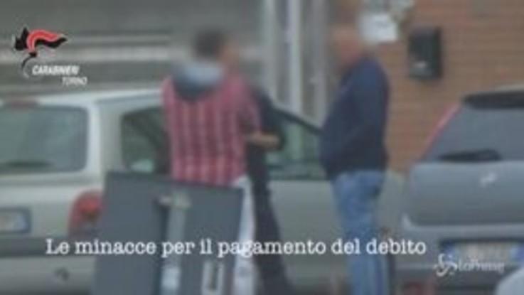 Usura, 17 arresti a Torino: indagini dopo suicidio di una vittima che non riusciva a pagare i debiti